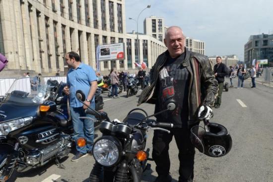 Сергей Доренко на мотоцикле