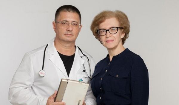 Александр Леонидович Мясников с женой Натальей