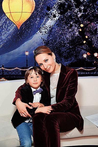 Дарья Златопольская и ее сын Лев