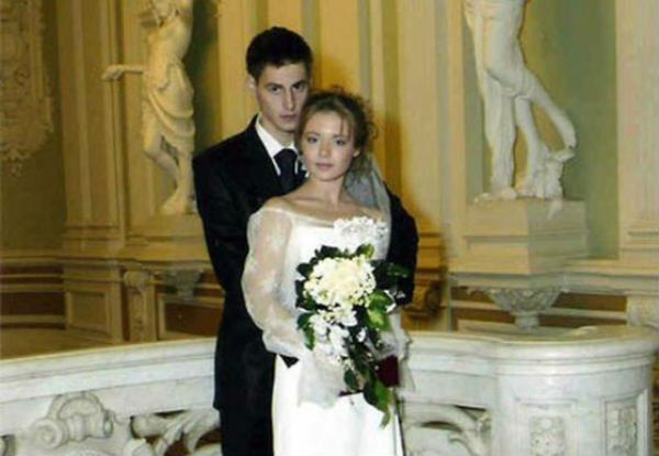 Свадебное фото Карины Разумовской и Артема Карасева