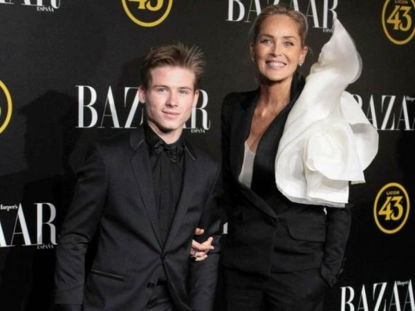 Шерон Стоун с сыном Роэном