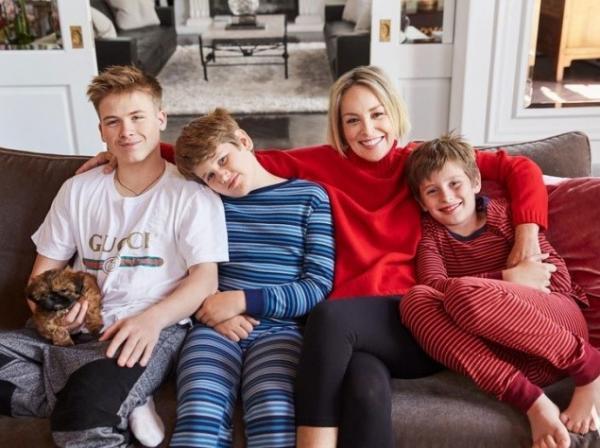 Шэрон Стоун с тремя сыновьями