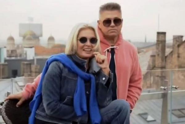 Лайма Вайкуле с Андреем Латковским