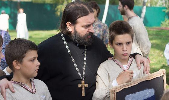 Андрей Ткачев с сыновьями