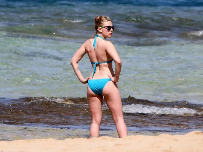 Скарлетт на пляже