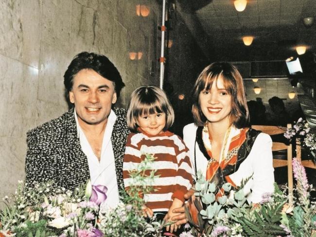 Родители Мишель Серовой