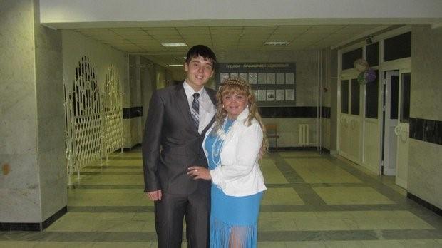 Вячеслав Исаков с мамой