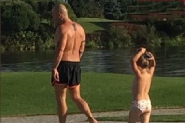 Дмитрий Нагиев на отдыхе с дочкой