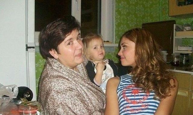 Мать Агаты Муцениеце
