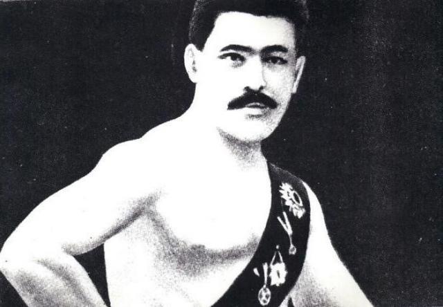 Иван Поддубный в юные годы