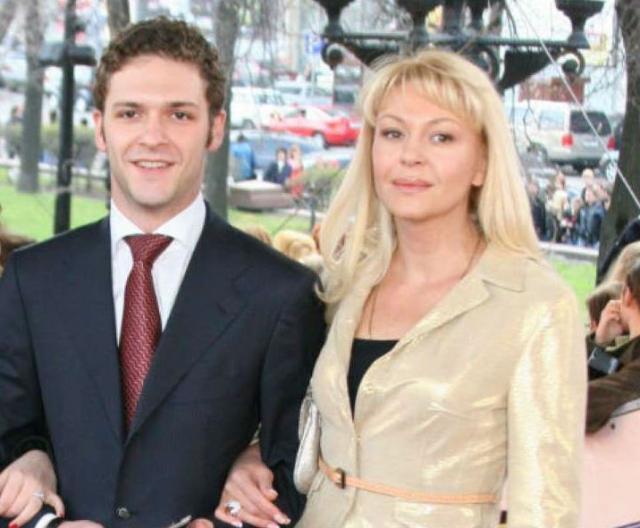 Константин Крюков и Алена Бондарчук