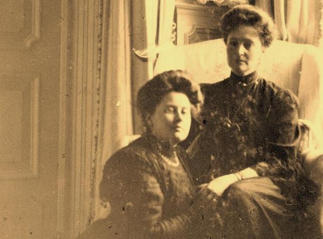 Анна Вырубова с императрицей