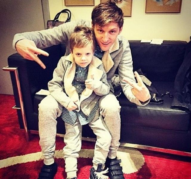 Павел Воля с сыном