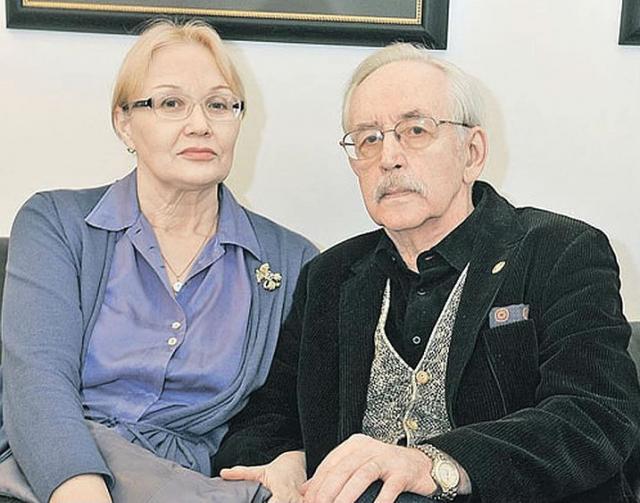 Василий Ливанов с женой