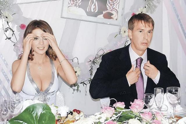 Первый муж Анны Седоковой