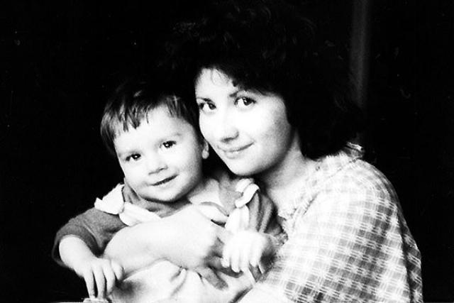 Мать Сергея Лазарева с сыном