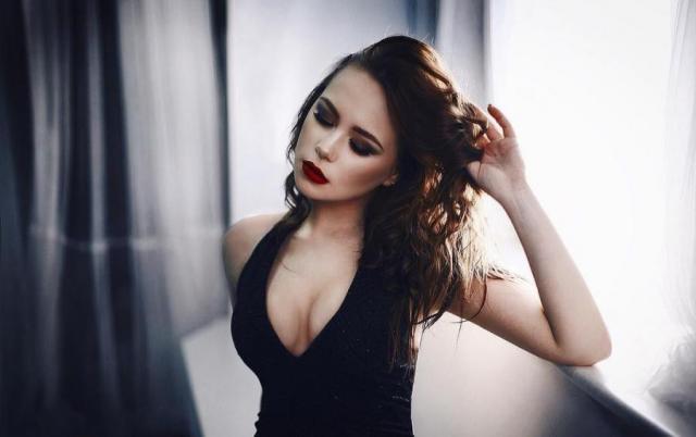 Ксения Хоффман