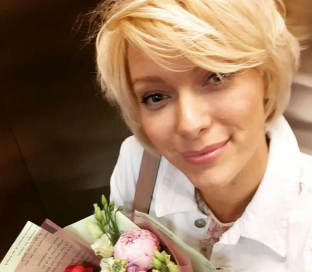 Елена Лихоманова