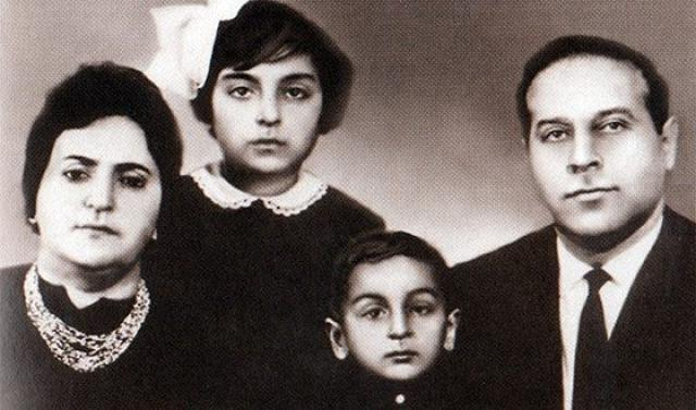 Ильхам Алиев, его родители и сестра