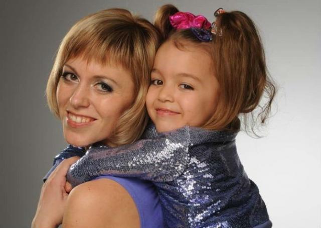 Ева Уварова с мамой