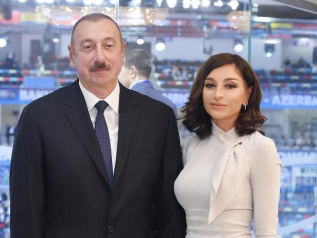 Супруги Алиевы