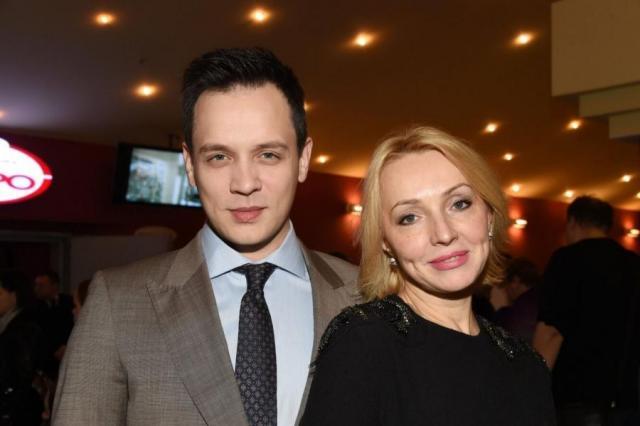 Александр Асташенок с женой