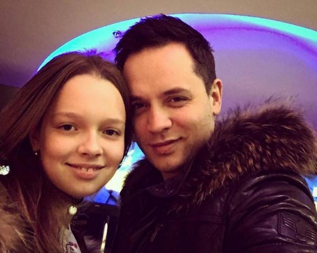 Александр Асташенок с дочкой