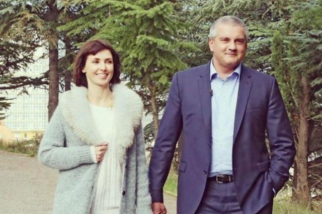 Елена Аксенова с мужем