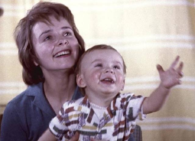 Людмила Крылова с сыном