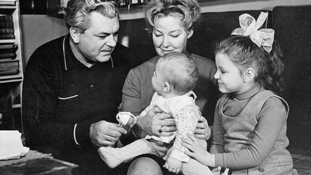 Семья Бондарчука и Скобцевой