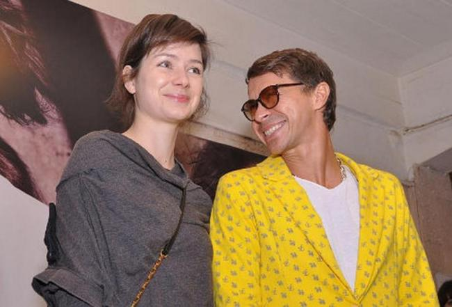 Павел Деревянко с женой