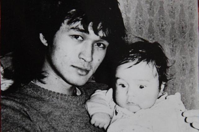 Виктор Цой с сыном Сашей