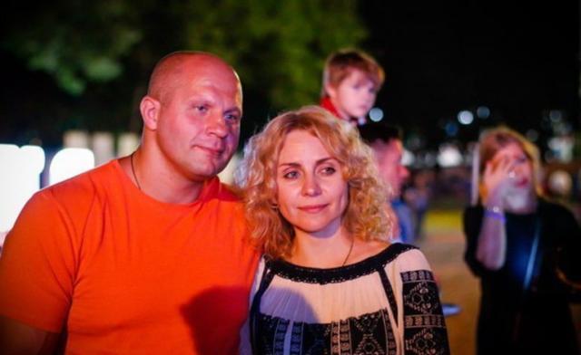 Жена Федора Емельяненко Оксана