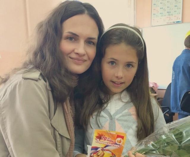 Юлия Юдинцева с дочкой