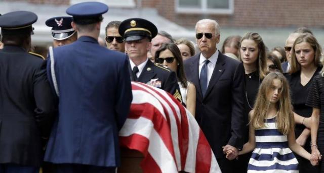 Похороны сына Джо Байдена