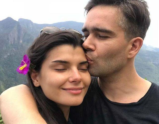 Петр Федоров с женой
