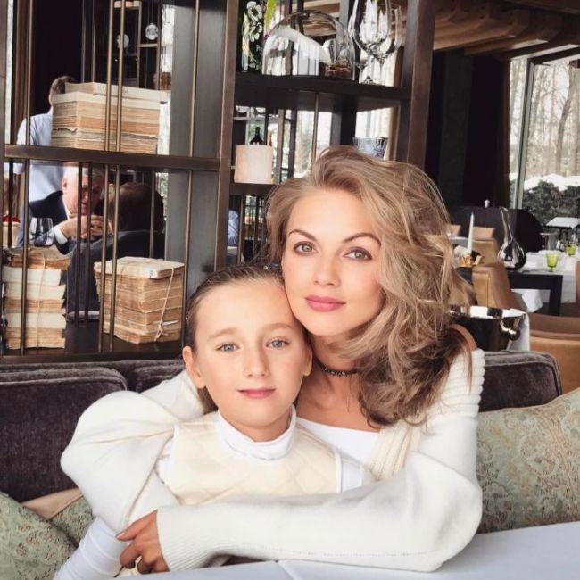 Юлия и Арина Матвиенко