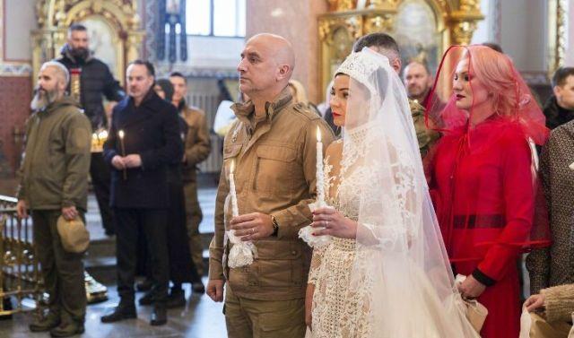 Прилепин венчается в Донецке