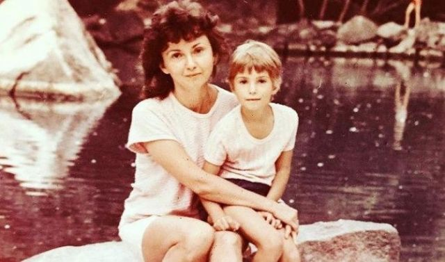 Александра Урсуляк с мамой