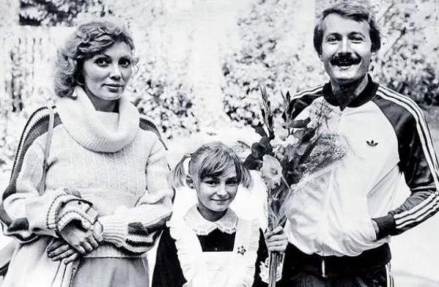 Андрей Градов с женой и дочерью