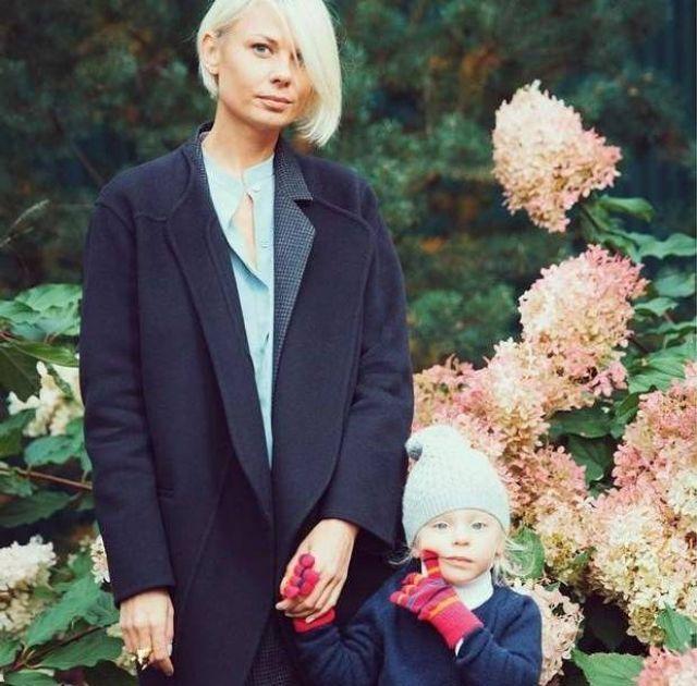 Екатерина Тулупова с дочкой