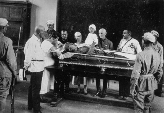 Похороны Котовского