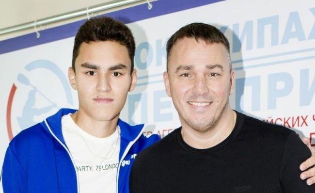Кирилл Андреев с сыном