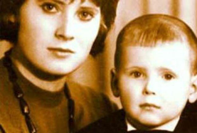 Никита Джигурда с мамой