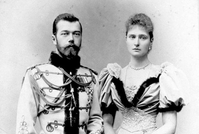 Николай II с женой