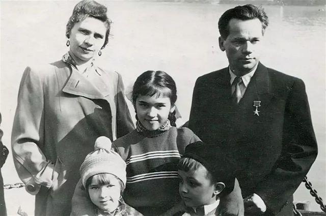 Семья Михаила Калашникова