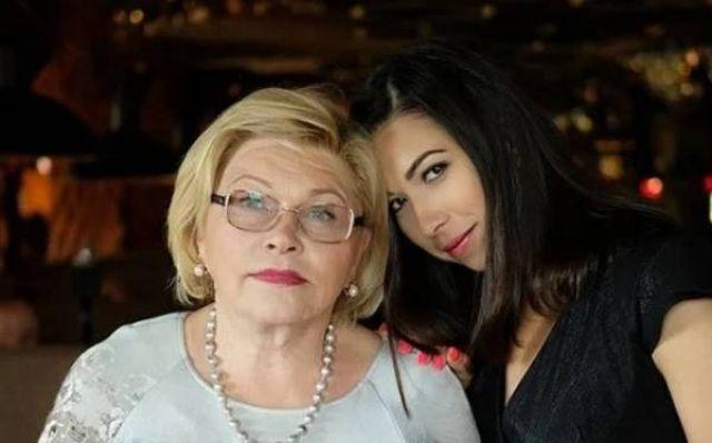 Елена Драпеко с дочерью