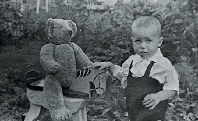 Александр Калягин в детстве