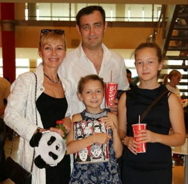 Константин Юшкевич с семьей