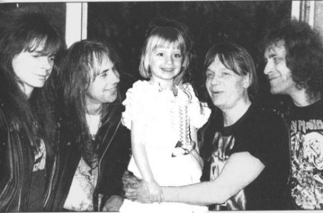 Валерий Кипелов с дочкой и музыкантами